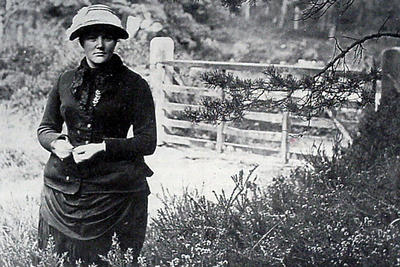 Photo of a young Harriet Hemenway in a field