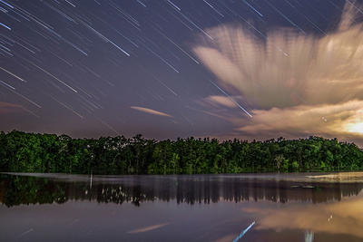 Star trail over lake in Natick © Sean Henderson