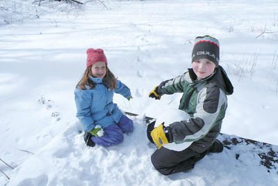 Kids and winter tracks at Broadmoor