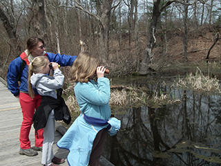 kids birding at Broadmoor Wildlife Sanctuary