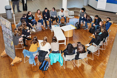 Summit participants in a breakout discussion © Mary Whitty