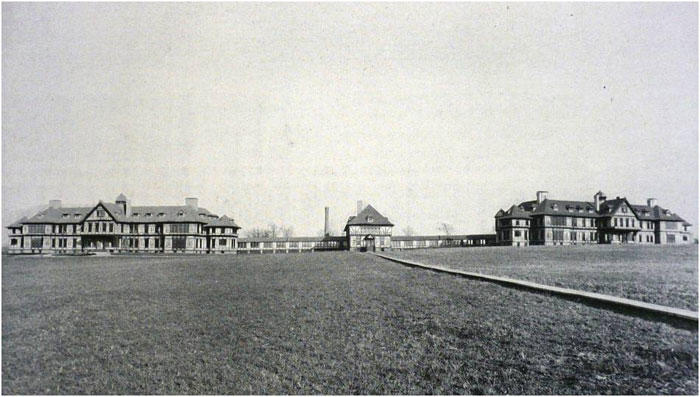 Hospital buildings at the Pierce Farm in the late 1890s. Boston Insane Hospital Report for 1909, courtesy of the City of Boston Archives.